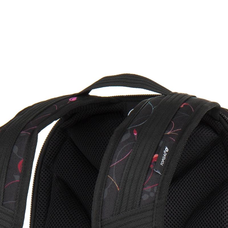 a2388dd226f4b Trzykomorowy plecak młodzieżowy Topgal HIT 885