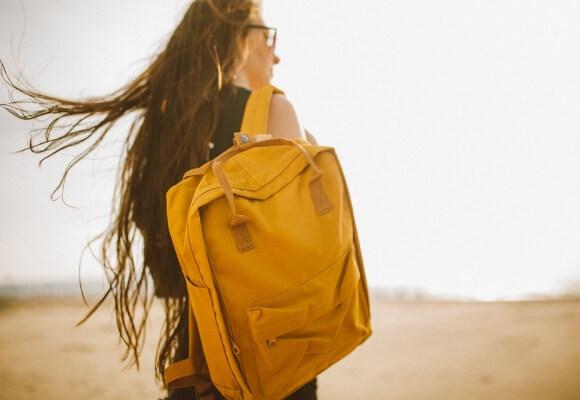 Jak dobrać plecak wycieczkowy dla wysokiej osoby?